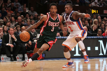 NEW YORK - FEBRUARY 05: Brandon Jennings #3 of the Milwaukee Bucks drives on Nate Robinson #2 of the New York Knicks at Madison Square Garden February 5, 2010 in New York City. NOTE TO USER: User expressly acknowledges and agrees that, by downloading and/