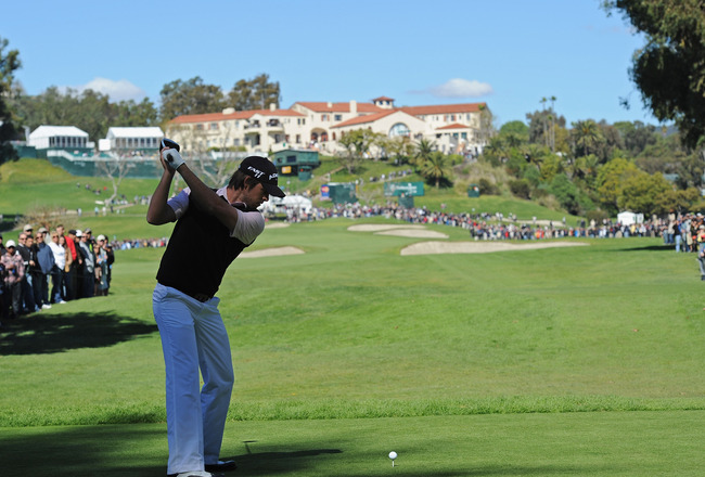 PACIFIC PALISADES, CA - FEBRUARY 20:  Aaron Baddeley of Australia plays his tee shot on the nineth hole during the final round of the Northern Trust Open at Riviera Country Club on February 20, 2011 in Pacific Palisades, California.  (Photo by Stuart Fran