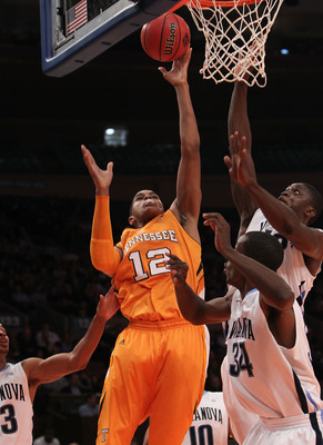 NEW YORK - NOVEMBER 26: Tobias Harris #12 of the Tennessee Volunteers shoots the ball against the Villanova Wildcats  during the Championship game at Madison Square Garden on November 26, 2010 in New York City.  (Photo by Nick Laham/Getty Images)