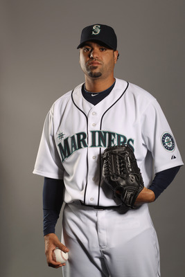 PEORIA, AZ - FEBRUARY 20:  Manny Delcarmen #31 of the Seattle Mariners poses for a portrait at the Peoria Sports Complex on February 20, 2011 in Peoria, Arizona.  (Photo by Ezra Shaw/Getty Images)