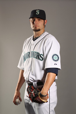 PEORIA, AZ - FEBRUARY 20:  Josh Lueke #71 of the Seattle Mariners poses for a portrait at the Peoria Sports Complex on February 20, 2011 in Peoria, Arizona.  (Photo by Ezra Shaw/Getty Images)