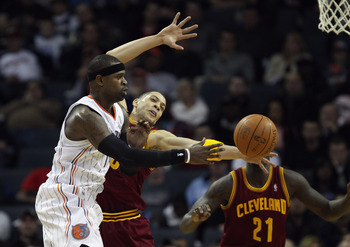 CHARLOTTE, NC - DECEMBER 29:  Anthony Parker #18 of the Cleveland Cavaliers tries to stop Stephen Jackson #1 of the Charlotte Bobcats during their game at Time Warner Cable Arena on December 29, 2010 in Charlotte, North Carolina. NOTE TO USER: User expres