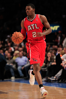NEW YORK, NY - FEBRUARY 16:  Joe Johnson #2 of the Atlanta Hawks dribbles the ball against the New York Knicks at Madison Square Garden on February 16, 2011 in New York City. NOTE TO USER: User expressly acknowledges and agrees that, by downloading and/or