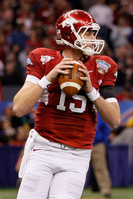NEW ORLEANS, LA - JANUARY 04:  Ryan Mallett #15 of the Arkansas Razorbacks looks to pass against the Ohio State Buckeyes during the Allstate Sugar Bowl at the Louisiana Superdome on January 4, 2011 in New Orleans, Louisiana.  (Photo by Kevin C. Cox/Getty