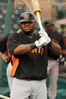 SCOTTSDALE, AZ - FEBRUARY 19:  Pablo Sandoval #48 of the San Francisco Giants takes a few warm up swings prior to batting practice at Scottsdale Stadium on February 19, 2011 in Scottsdale, Arizona.  (Photo by Norm Hall/Getty Images)
