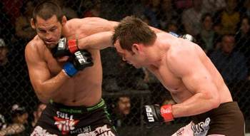 Rich Franklin finding his mark on Dan Henderson