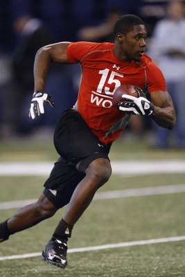 INDIANAPOLIS, IN - FEBRUARY 22:  Wide receiver Darrius Heyword-Bey of Maryland catches the football during the NFL Scouting Combine presented by Under Armour at Lucas Oil Stadium on February 22, 2009 in Indianapolis, Indiana. (Photo by Scott Boehm/Getty I