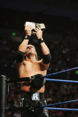 SYDNEY, AUSTRALIA - JUNE 15:  World Heavyweight Champion Edge poses during WWE Smackdown at Acer Arena on June 15, 2008 in Sydney, Australia.  (Photo by Gaye Gerard/Getty Images)
