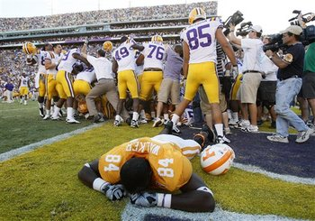 48392_aptopix_tennessee_lsu_football_display_image
