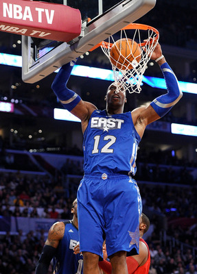 LOS ANGELES, CA - FEBRUARY 20:  Dwight Howard #12 of the Orlando Magic and the Eastern Conference dunks the ball in the 2011 NBA All-Star Game at Staples Center on February 20, 2011 in Los Angeles, California. NOTE TO USER: User expressly acknowledges and