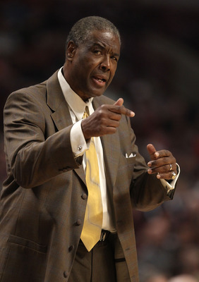 CHICAGO, IL - FEBRUARY 15: Head coach Paul Silas of the Charlotte Bobcats talks to a referee during a game against the Chicago Bulls at the United Center on February 15, 2011 in Chicago, Illinois. The Bulls defeated the Bobcats 106-94. NOTE TO USER: User