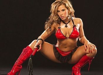 Mickie-james-0034_display_image