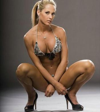 Wwe-diva-michelle-mccool-25_display_image