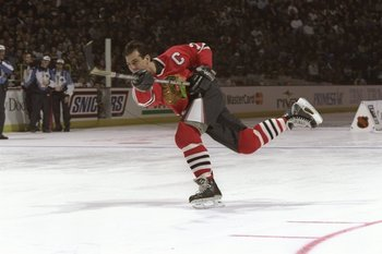 17 Jan 1998:  Chris Chelios of the Chicago Blackhawks in action during the skills competition during NHL All-Star Weekend at General Motors Palace in Vancouver, Canada. Mandatory Credit: Robert Laberge  /Allsport