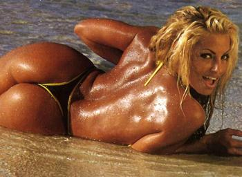 Trish-stratus-21_display_image