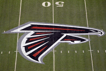 ATLANTA, GA - JANUARY 15:  A detail of the Atlanta Falcons logo is seen at the 50 yard line against the Green Bay Packers during their 2011 NFC divisional playoff game at Georgia Dome on January 15, 2011 in Atlanta, Georgia.  (Photo by Kevin C. Cox/Getty
