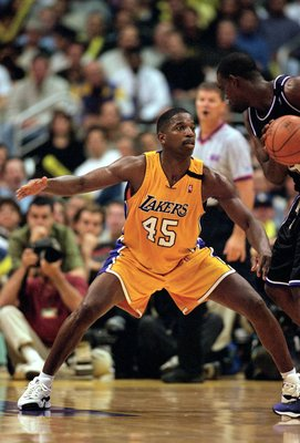 27 Apr 2000: A.C. Green #45 of the Los Angeles Lakers reacts to the action during the NBA Western Conference Playoffs Round One Game against the Sacramento Kings at the Staples Center in Los Angeles, California. The Lakers defeated the Kings 113-89.