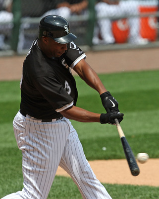 CHICAGO - JUNE 08: Jermaine Dye #23 of the Chicago White Sox hits a single against the Detroit Tigers on June 8, 2009 at U.S. Cellular Field in Chicago, Illinois. The Tigers defeated the White Sox 5-4. (Photo by Jonathan Daniel/Getty Images)