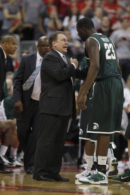 COLUMBUS, OH - FEBRUARY 15:  Head coach Tom Izzo of the Michigan State Spartans talks with Draymond Green #23 while playing the Ohio State Buckeyes on February 15, 2011 at Value City Arena in Columbus, Ohio.  (Photo by Gregory Shamus/Getty Images)