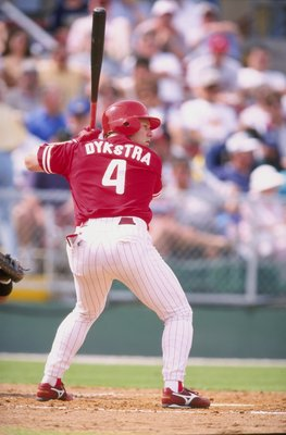 5 Mar 1998:  Outfielder Lenny Dykstra of the Philadelphia Phillies in action during a spring training game against the Houston Astros at the Jack Russell Stadium in Clearwater, Florida.  The Phillies won the game, 3-2. Mandatory Credit: David Seelig  /All