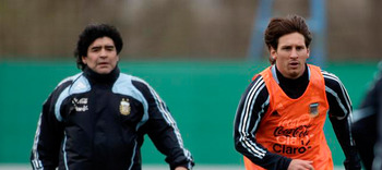 Maradona-messi_display_image