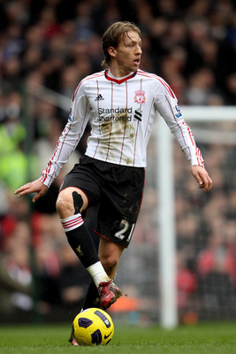 LONDON, ENGLAND - FEBRUARY 27: Lucas Leiva of Liverpool in action during the Barclays Premier League match between West Ham United and Liverpool at the Boleyn Ground on February 27, 2011 in London, England.  (Photo by Scott Heavey/Getty Images)