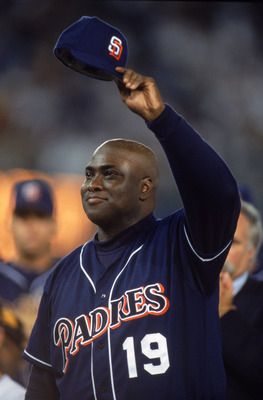 7 Oct 2001:  Right fielder Tony Gwynn #19 of the San Diego Padres acknowledges the crowd during the Major League Baseball game against the Colorado Rockies at Qualcomm Stadium in San Diego, California.  The Rockies defeated the Padres 14-5.  Mandatory Cre