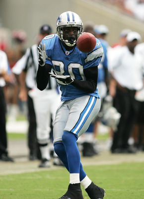 TAMPA, FL - OCTOBER 2: Wide receiver Charles Rogers #80 of the Detroit Lions catches a pass in the fourth quarter against the Tampa Bay Buccaneers on October 2, 2005 at Raymond James Stadium in Tampa, Florida. The Buccaneers defeated the Lions 17-13.  (Ph