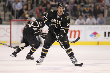 DALLAS, TX - FEBRUARY 13:  Center Brad Richards #91 of the Dallas Stars at American Airlines Center on February 13, 2011 in Dallas, Texas.  (Photo by Ronald Martinez/Getty Images)