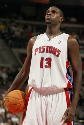 AUBURN HILLS, MI - NOVEMBER 15:  Nazr Mohammed #13 of the Detroit Pistons gets ready to shoot a free throw during the NBA game against the New Orleans/Oklahoma City Hornets on November 15, 2006 at the Palace of Auburn Hills in Auburn Hills, Michigan. The