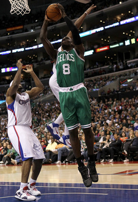 LOS ANGELES, CA - FEBRUARY 26:  Jeff Green #8 of the Boston Celtics shoots against the Los Angeles Clippers at Staples Center on February 26, 2011  in Los Angeles, California.  The Celtics won 99-92.   NOTE TO USER: User expressly acknowledges and agrees