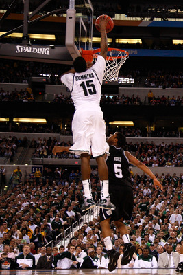 INDIANAPOLIS - APRIL 03:  Durrell Summers #15 of the Michigan State Spartans dunks against Ronald Nored #5 of the Butler Bulldogs during the National Semifinal game of the 2010 NCAA Division I Men's Basketball Championship on April 3, 2010 in Indianapolis