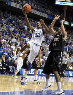 LEXINGTON, KY - MARCH 01:  Brandon Knight #12 of the Kentucky Wildcats shoots the ball while defended by Jeffery Taylor #44 of the Vanderbilt Commodores  during the Kentucky 68-66 win in the SEC game at Rupp Arena on March 1, 2011 in Lexington, Kentucky.