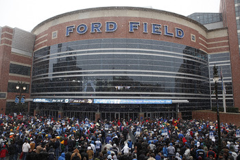 DETROIT - DECEMBER 12:  People enter Ford Field prior to the start of the game between the Green Bay Packers and the Detroit Lions at Ford Field on December 12, 2010 in Detroit, Michigan. Ford Field will host the NFL football game between the New York Gia
