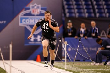 INDIANAPOLIS, IN - FEBRUARY 27: Offensive lineman J.D. Walton of Baylor runs the 40 yard dash during the NFL Scouting Combine presented by Under Armour at Lucas Oil Stadium on February 27, 2010 in Indianapolis, Indiana. (Photo by Scott Boehm/Getty Images)