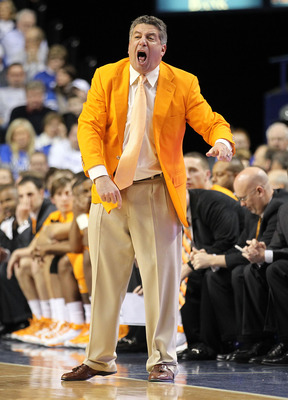 LEXINGTON, KY - FEBRUARY 08:  Bruce Pearl the Head Coach of the Tennessee Volunteers gives instructions to his team during the SEC game against the Kentucky Wildcats at Rupp Arena on February 8, 2011 in Lexington, Kentucky.  (Photo by Andy Lyons/Getty Ima