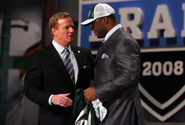 NEW YORK - APRIL 26:  Vernon Gholston talks with National Football League Commissioner Roger Goodell after being selected as the sixth overall pick by the New York Jets during the 2008 NFL Draft on April 26, 2008 at Radio City Music Hall in New York, New