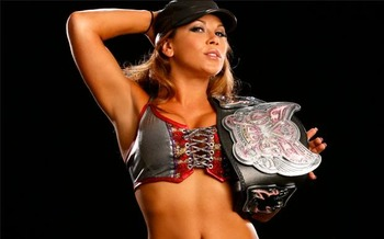 Mickiejames4_display_image