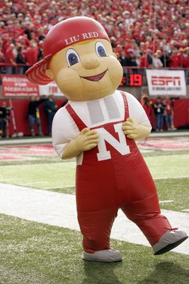 LINCOLN, NE - NOVEMBER 24:  Mascot Lil Red of the Nebraska Cornhuskers walks on the sidelines during the game against the Colorado Buffaloes on November 24, 2006 at Memorial Stadium in Lincoln, Nebraska. Nebraska won 37-14. (Photo by Brian Bahr/Getty Imag
