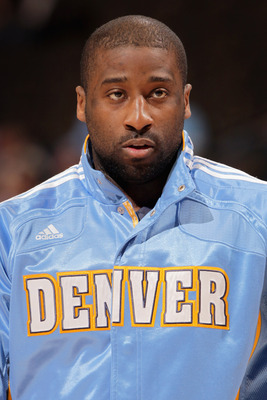 DENVER, CO - FEBRUARY 28:  Raymond Felton #20 of the Denver Nuggets warms up prior to facing the Atlanta Hawks during NBA action at the Pepsi Center on February 28, 2011 in Denver, Colorado. The Nuggets deafeated the Hawks 100-90. NOTE TO USER: User expre