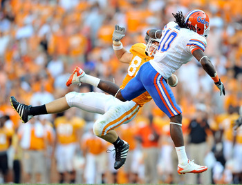 KNOXVILLE, TN - SEPTEMBER 18:  Will Hill #10 of the Florida Gators breaks up a pass intended for Zach Rogers #83 of the Tennessee Volunteers at Neyland Stadium on September 18, 2010 in Knoxville, Tennessee. Florida won 31-17.  (Photo by Grant Halverson/Ge