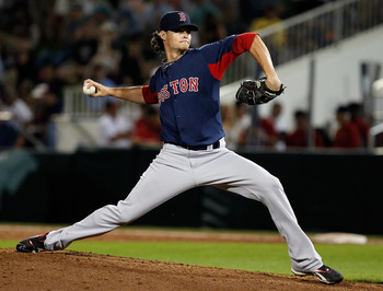 FORT MYERS, FL - FEBRUARY 27:  Pitcher Clay Buchholz #11 of the Boston Red Sox pitches against the Minnesota Twins during a Grapefruit League Spring Training Game at Hammond Stadium on February 27, 2011 in Fort Myers, Florida.  (Photo by J. Meric/Getty Im