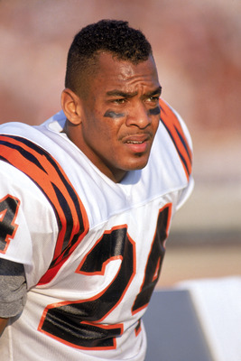 LOS ANGELES - NOVEMBER 5:  Defensive back Lewis Billups #24 of the Cincinnati Bengals looks on as he takes a rest on the sidelines during a game against the Los Angeles Raiders at the Los Angeles Memorial Coliseum on November 5, 1989 in Los Angeles, Calif