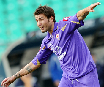 BARI, ITALY - FEBRUARY 27:  Adrian Mutu of Fiorentina in action during the Serie A match between AS Bari and ACF Fiorentina at Stadio San Nicola on February 27, 2011 in Bari, Italy.  (Photo by Giuseppe Bellini/Getty Images)