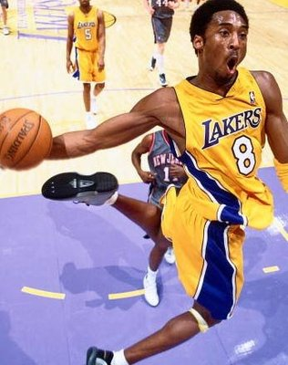 Kobe-bryant-8-dunk1_display_image