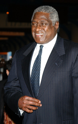 NEW YORK - APRIL 29:  Former New York Knicks coach Willis Reed arrives at the 10th Annual Arthur Ashe Institute For Urban Health SportBall And Awards April 29, 2004 in New York City.  (Photo by Bryan Bedder/Getty Images)