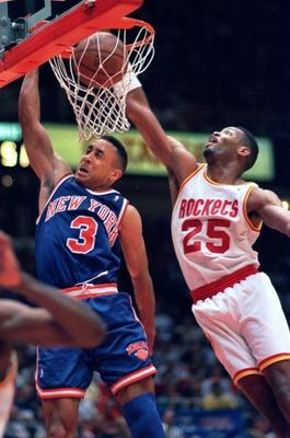 19 jun 1994 new york knick john starks 3 puts in a dunk past