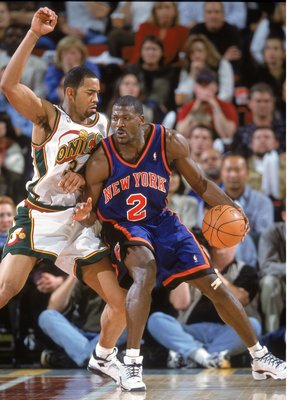 14 Nov 2000:  Larry Johnson #2 of the New York Knicks moves with the ball against Jelani McCoy #34 of the Seattle SuperSonics during the gameat Key Arena in Seattle, Washington.  The SuperSonics defeated the Knicks 96-75.   NOTE TO USER: It is expressly u