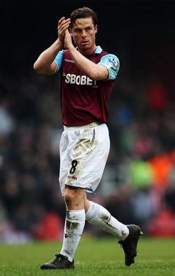 LONDON, UNITED KINGDOM - MARCH 05:  Scott Parker of West Ham United is seen during the Barclays Premier League match between West Ham United and Stoke City at the Boleyn Ground on March 5, 2011 in London, England.  (Photo by Scott Heavey/Getty Images)