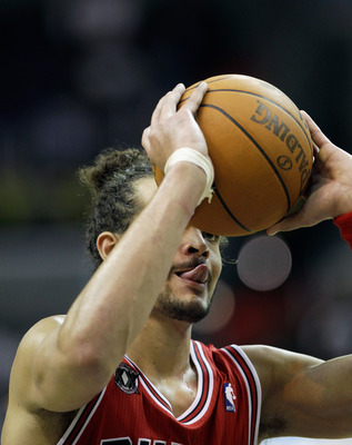 WASHINGTON, DC - FEBRUARY 28: Joakim Noah #13 of the Chicago Bulls prepares to shoot a free throw against the Washington Wizards at the Verizon Center in Washington on February 28, 2011 in Washington, DC. NOTE TO USER: User expressly acknowledges and agre